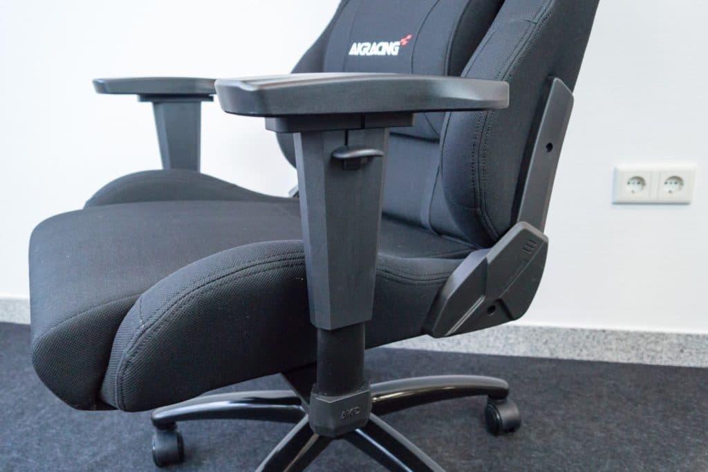 3D Armlehnen des Stuhls
