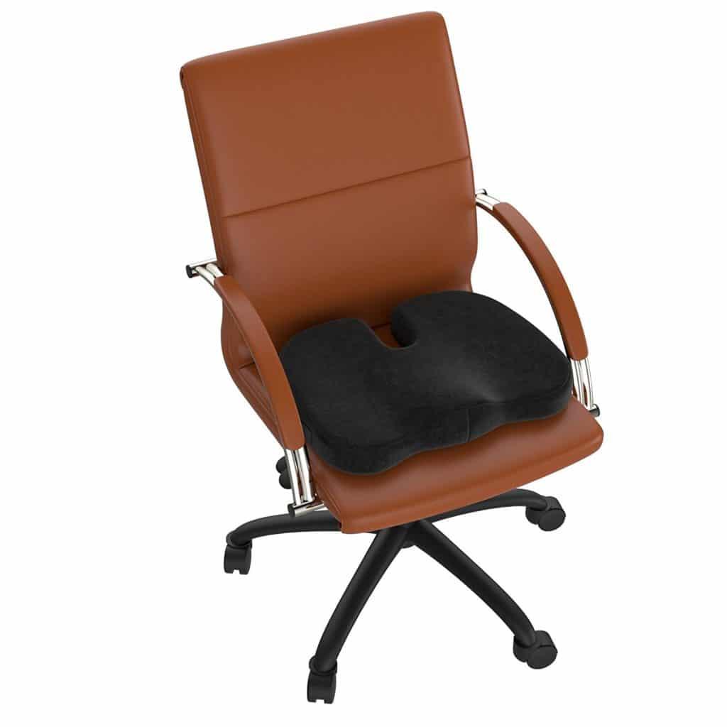 Ein Orthopadischer Burostuhl Bei Bandscheibenvorfall Gaming Stuhl