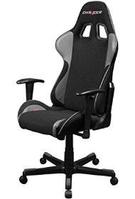 Formula-Stuhl in schwarz und grau mit Stoffbezug.