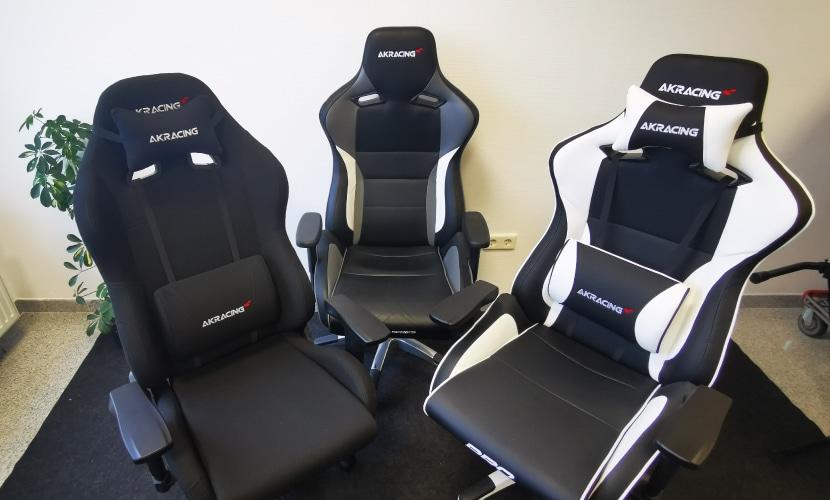 3 AKRacing Gaming Stühle fotografiert