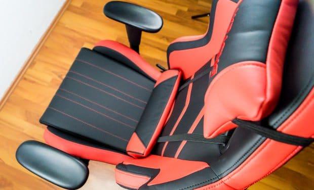 Blick auf Sitzfläche und Rückenlehne des Players.