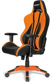 Der AKRacing Premium Plus in der Farbe orange.