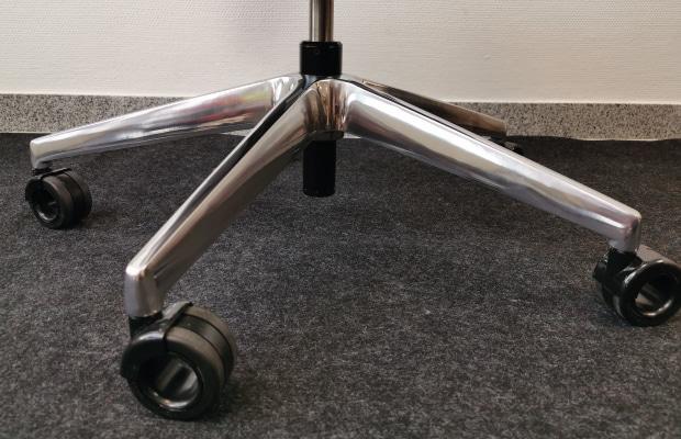 Fußkreuz Aluminium poliert
