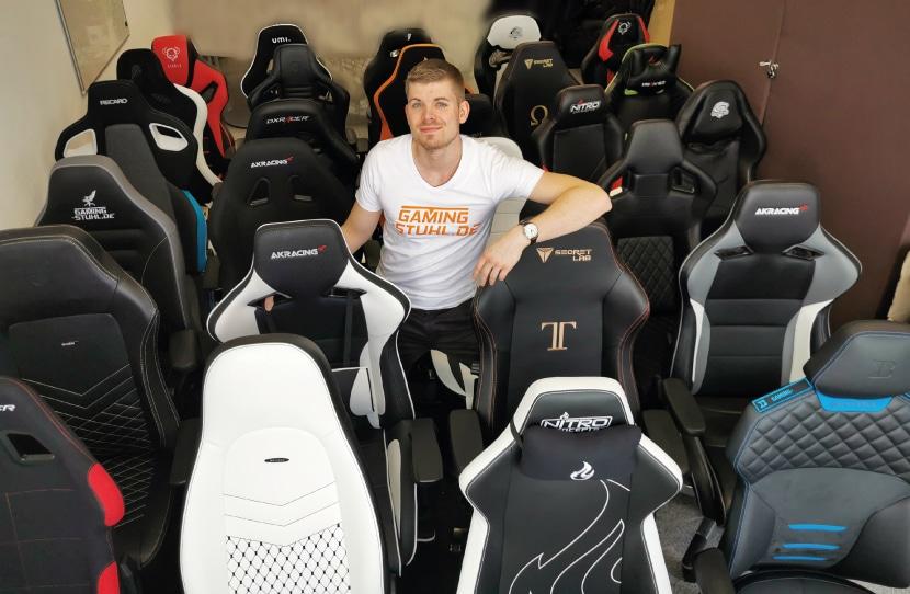 Computerstuhl Test - Tjorven mit Stühlen fotografiert