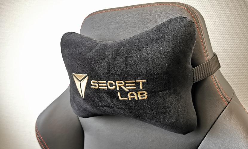 Nackenkissen eines PC Racing Bürostuhls