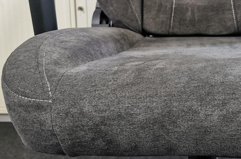 Seitenwangen der Sitzfläche