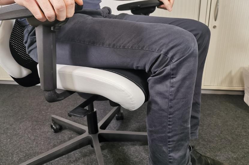 Sitztiefe bei Maximaleinstellung