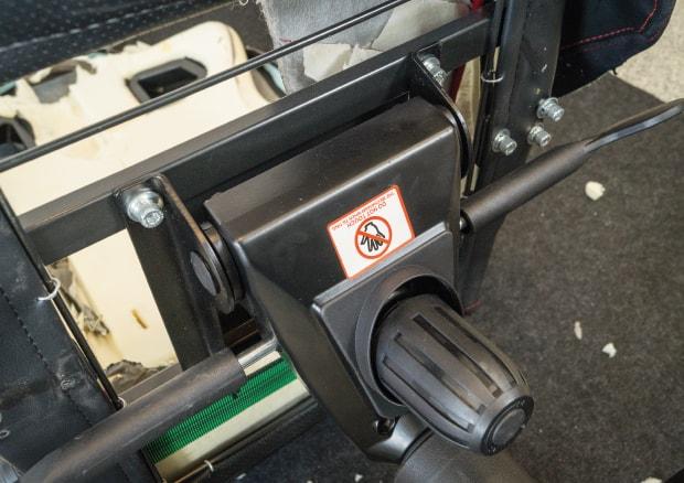 Stabil verschraubte Sitzfläche